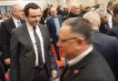 Albin Kurti dhe presidentit Thaçi as sot nuk i shtrengojnë duart! (Video)