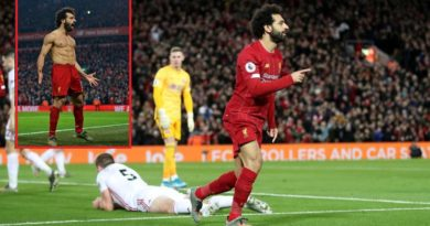 Salah tregon pse festoi si i çmendur golin kundër Manchester United (VIDEO)
