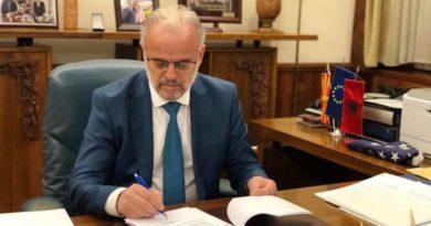 Nëse Xhaferi nuk thirrë seancë konstituive, këtë duhet ta bëjë Stojan Millanov nga VMRO-DPMNE
