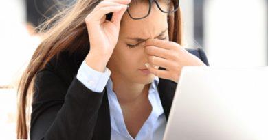10 këshilla si të mbroni sytë nga kompjuteri dhe telefoni