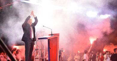Ahmeti nga Tetova: I ndihmuam shtetit që të ecë në rrugën e drejtë dhe tani po hapim kapituj të rinj (VIDEO)